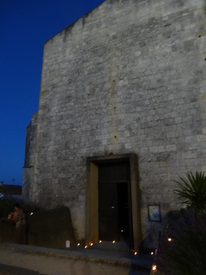 Visite à la bougie de l'église Saint-Pierre