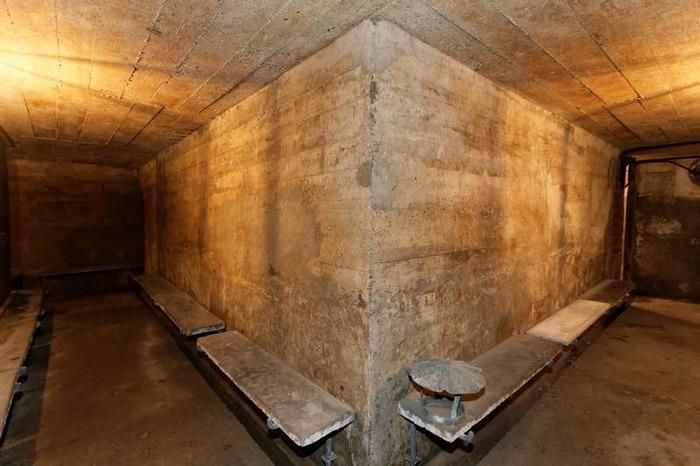 Crédits image : Intérieur de l'abri anti-aérien, Ville de Bois-Colombes, Studio des Bourguignons/Richard Loret.