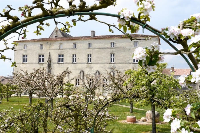 Journées du patrimoine 2018 - Commanderie des Antonins avec un guide
