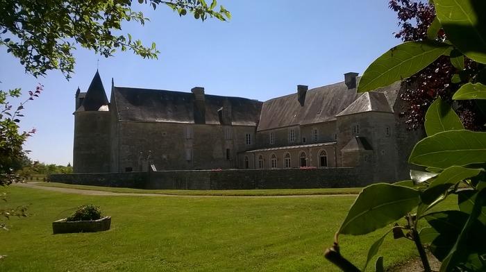 Journées du patrimoine 2018 - Visite commentée des extérieurs et de la chapelle du château de Saveilles