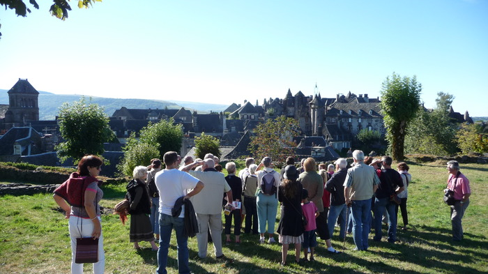 Journées du patrimoine 2018 - Visite commentée du village de Salers.