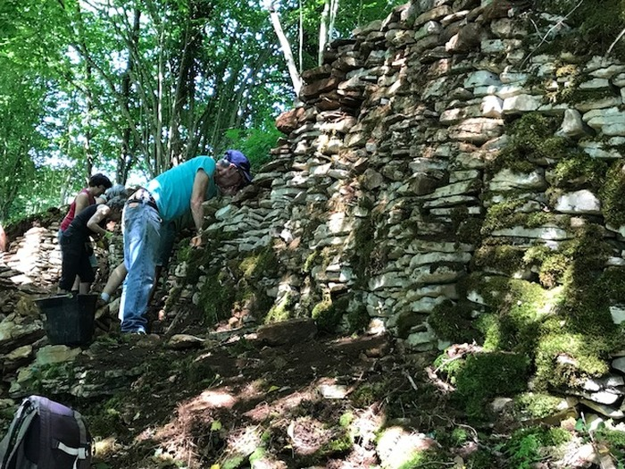 Journées du patrimoine 2017 - Visite d'un chantier-école de restauration de murs de pierre sèche