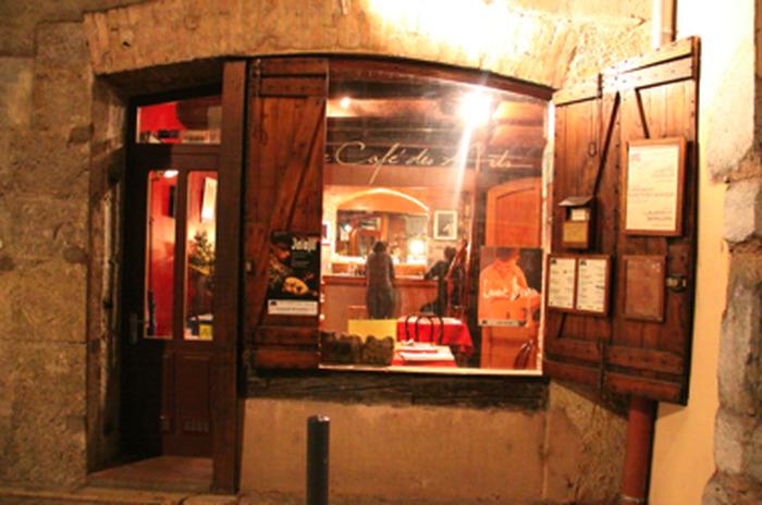 Journées du patrimoine 2018 - Visite libre d'un immeuble ancien du quartier Saint-Laurent de Grenoble.