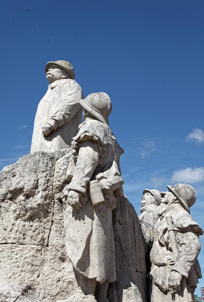 Journées du patrimoine 2018 - Parcours historique de la ville de Sainte-Hermine. Visite de 10 heures à 12 heures le samedi et le dimanche.