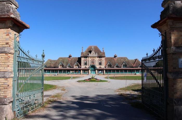 Journées du patrimoine 2018 - Visite commentée de l'ancien hôpital-orphelinat de La Charité à Lavault-Ste-Anne.
