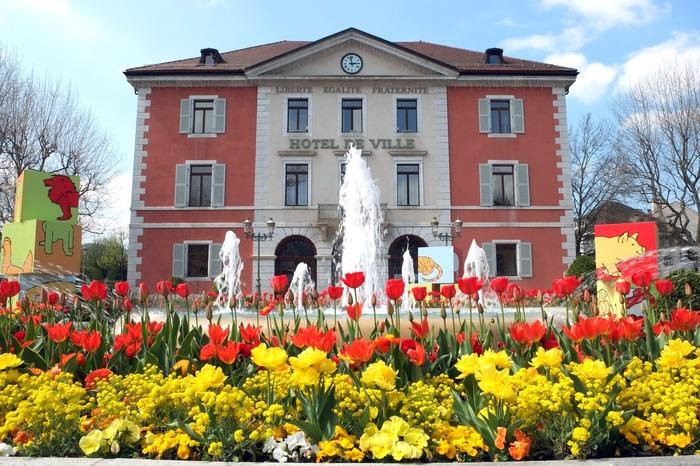 Journées du patrimoine 2018 - Visite guidée de l'hôtel de ville et conférence.