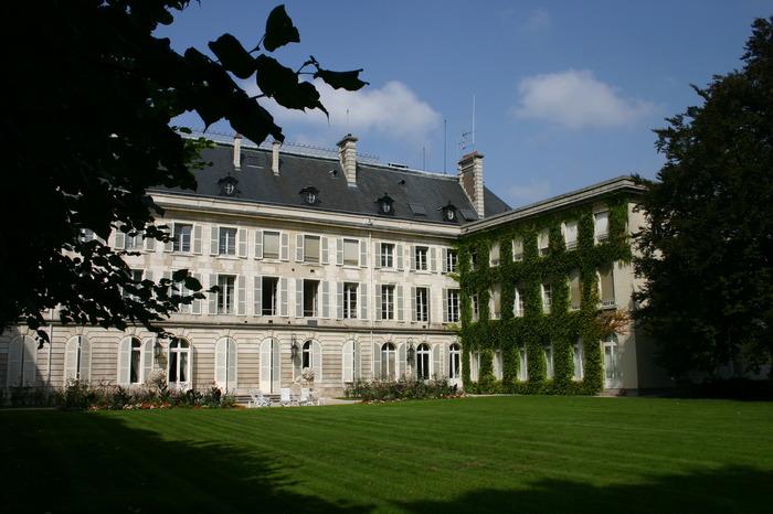 Crédits image : Jardin de la préfecture - Photographie : Préfecture de l'Aube