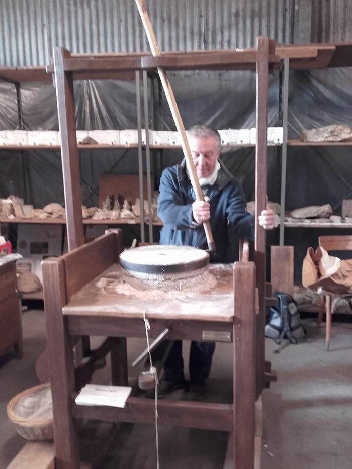 Journées du patrimoine 2018 - Visite des réserves archéologiques et ethnographiques de l'association J.P.G.F. de Villiers-le-Bel
