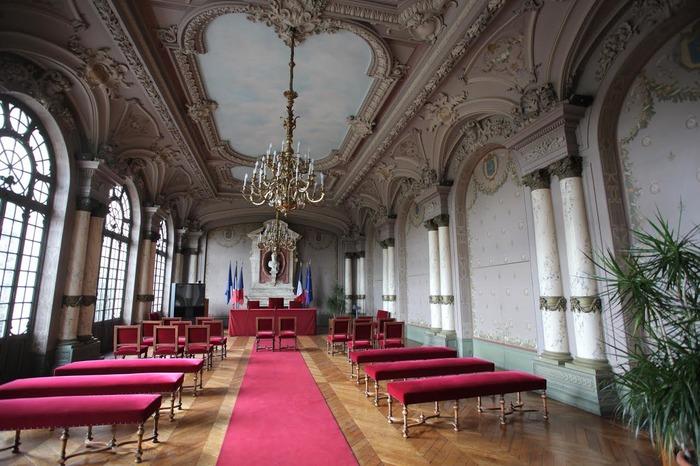 Journées du patrimoine 2017 - Visite commentée du Bureau de Monsieur le Maire, de la salle des mariages et de la salle multimédia