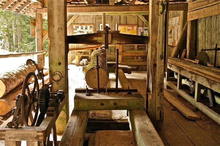 Journées du patrimoine 2018 - Visite du chantier de reconstruction d'une scierie à l'ancienne
