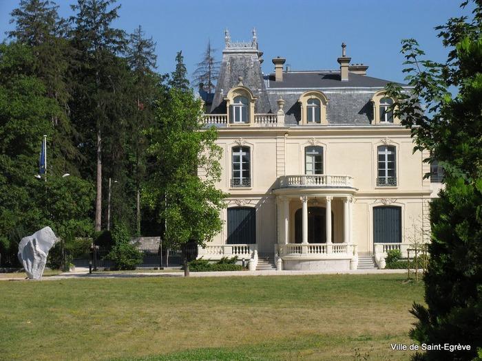 Journées du patrimoine 2018 - Visite du château Borel par les élus.