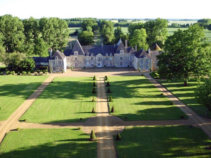 Journées du patrimoine 2018 - Visite du château de Villaines (17ème siècle)  et des jardins
