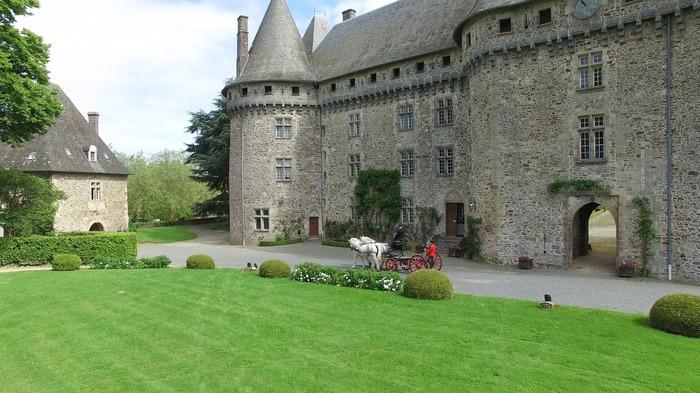 Journées du patrimoine 2018 - Visite du château et du Haras national de Pompadour