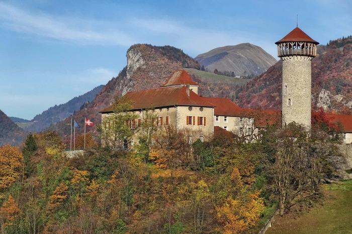 Journées du patrimoine 2018 - Visite du donjon des seigneurs de Faverges.