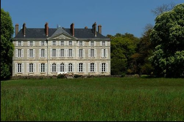 Journées du patrimoine 2018 - Visite du parc et des dépendances du château de la Roche-Noyant