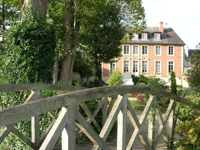 Crédits image : © Mairie de Pont-l'Evêque