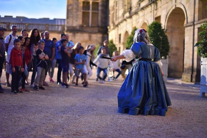 Journées du patrimoine 2018 - Visite guidée costumée du château de Hautefort