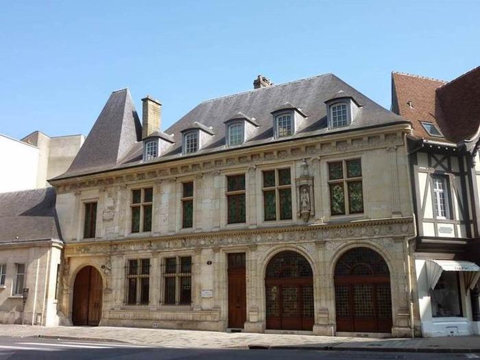 Journées du patrimoine 2018 - Découverte de l'Hôtel de la Salle.