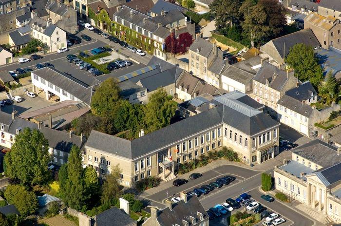 Journées du patrimoine 2018 - Visite guidée de l'Hôtel de Ville de Valognes