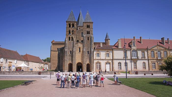 Crédits image : © Tourisme Paray-le-Monial