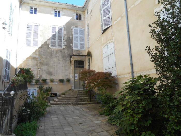 Journées du patrimoine 2018 - Visite guidée de la bibliothèque patrimoniale de la Société de Borda