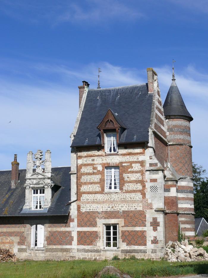 Journées du patrimoine 2017 - Visite guidée des extérieurs de la ferme et du manoir de Cailletot