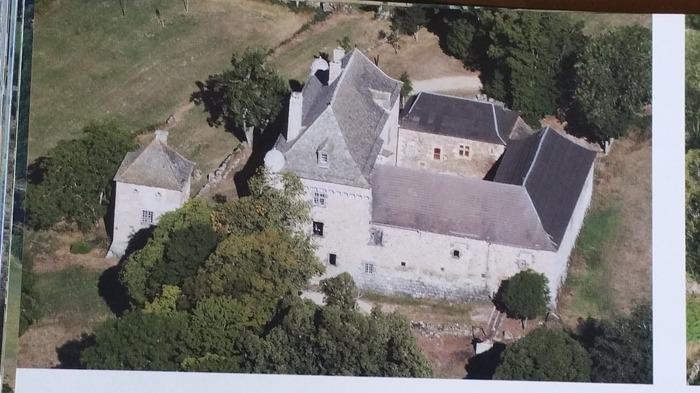 Journées du patrimoine 2018 - Visite guidée du château de Montvallat.