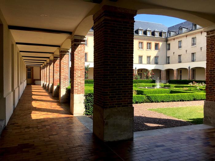 Journées du patrimoine 2018 - Visite guidée du cloître Saint-Taurin