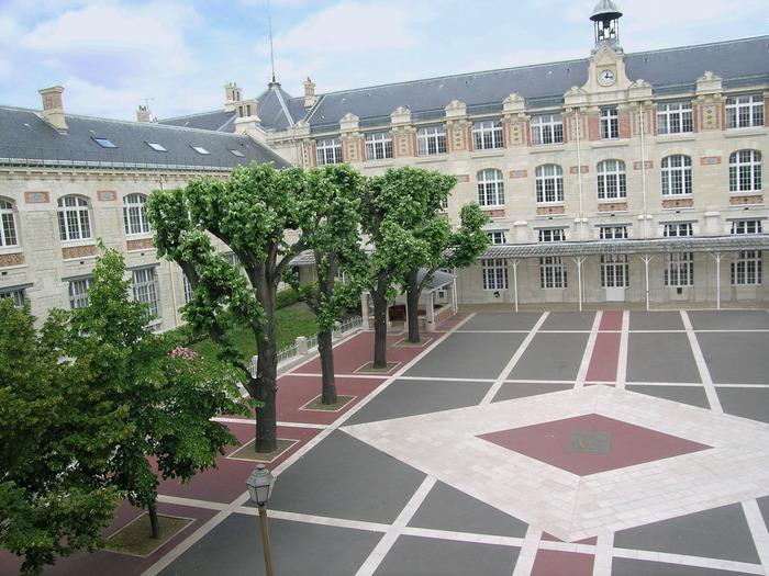 Journées du patrimoine 2018 - Visite guidée du lycée Voltaire