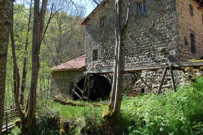Journées du patrimoine 2018 - Visite guidée du moulin de Vignal à Apinac.