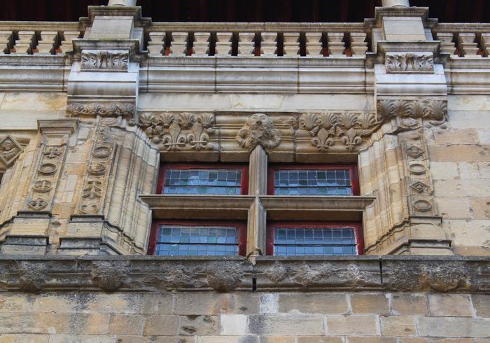 Journées du patrimoine 2018 - Visites guidées du Palais épiscopal de Sarlat par Éric Cron, chef du service Patrimoine et Inventaire, Région Nouvelle-Aquitaine.
