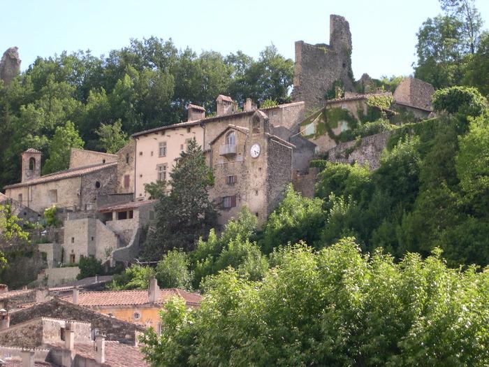 Journées du patrimoine 2018 - Circuit commenté du vieux village de Bourdeaux.