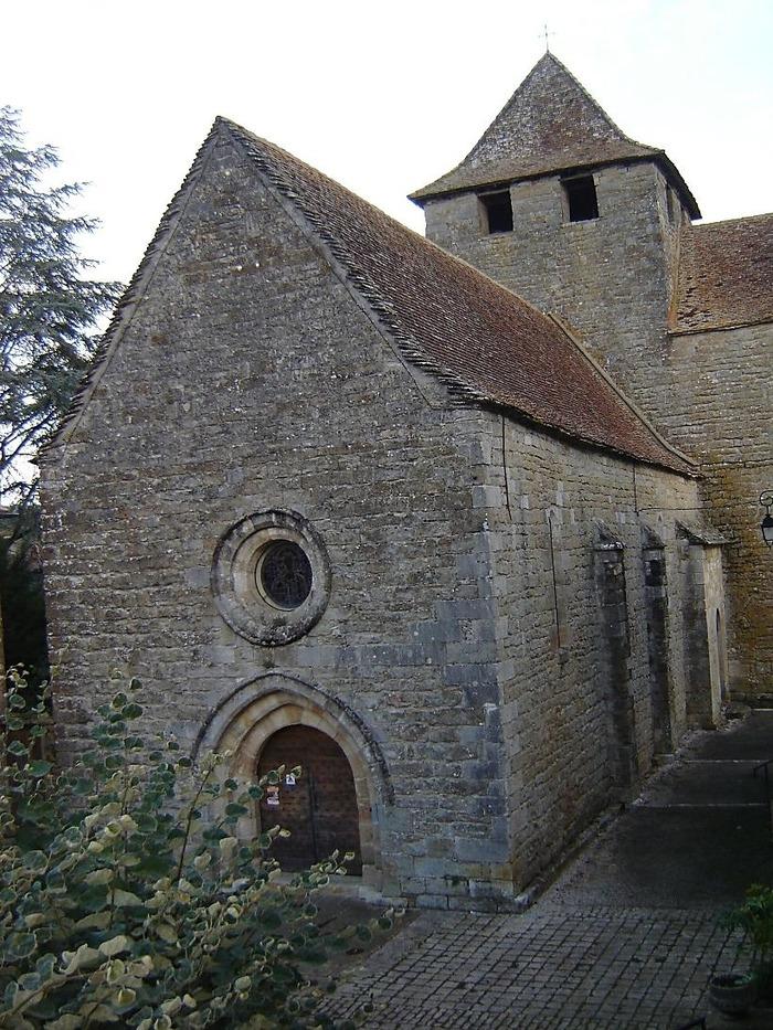 Journées du patrimoine 2017 - Visite libre ou guidée de l'église et la crypte, exposition, balade contée du village