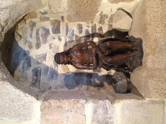 Journées du patrimoine 2018 - Visite commentée de Pleaux, aspects inédits.