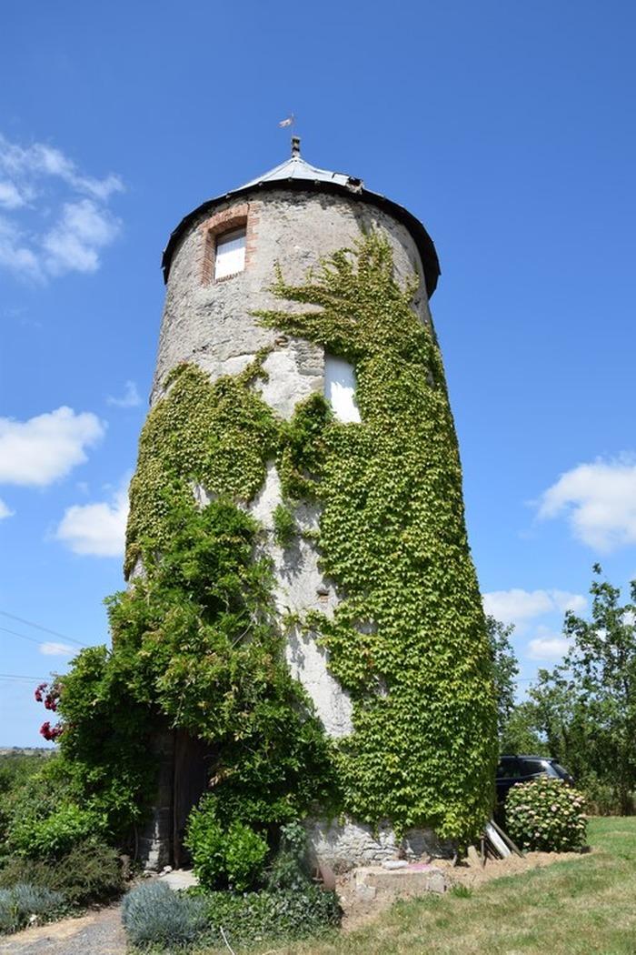 Journées du patrimoine 2018 - visite guidée moulin à vent, éléments de meunerie conservés.