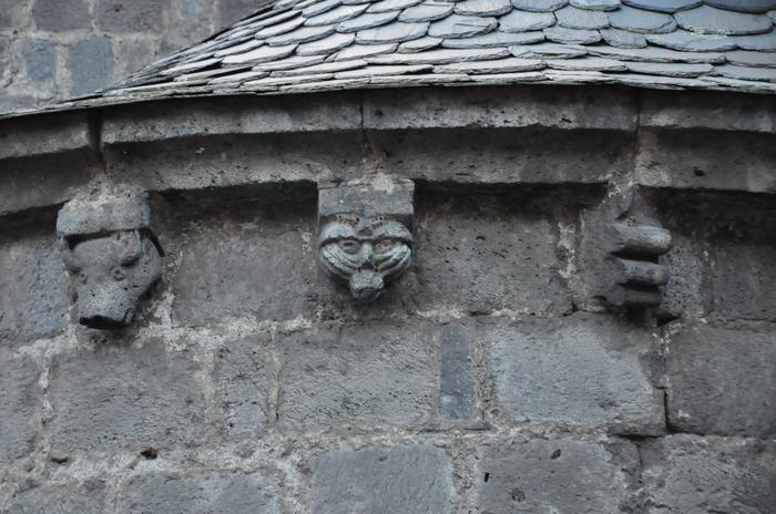 Journées du patrimoine 2018 - Visite guidée sur la thématique des modillons sculptés et présentation du métier de guide-conférencier.