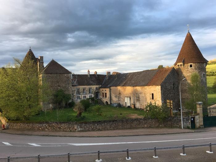 Journées du patrimoine 2018 - Vieux château de Chissey-en-Morvan