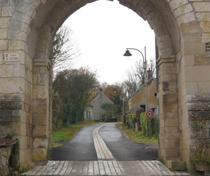 Journées du patrimoine 2018 - Visite libre de l'ancienne cité féodale et de l'église de transition XII-XIIIème siècle de Saint-Vérain