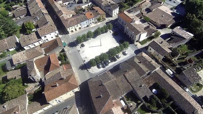 Crédits image : © Abbaye et bastide de Blasimon