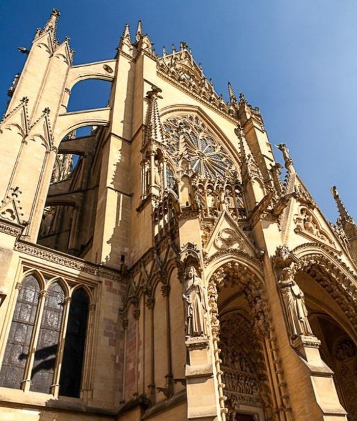 Journées du patrimoine 2018 - Visitez la cathédrale Saint-Etienne, classée au titre des monuments historiques depuis 1930.