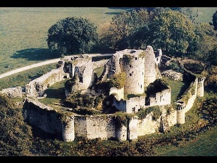 Crédits image : © Forteresse médiévale