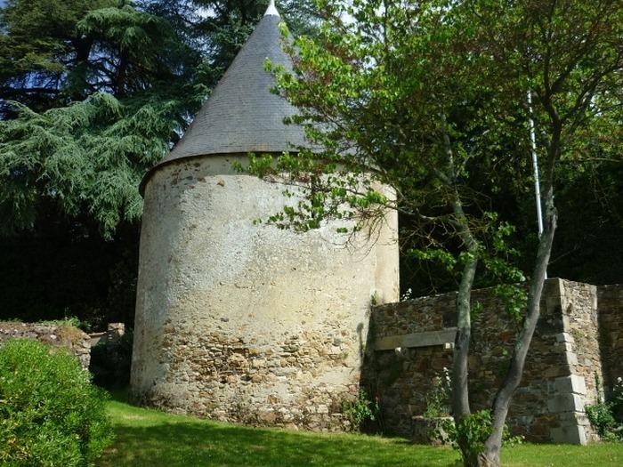Journées du patrimoine 2018 - Visite libre de la tour du Pavillon (XVI°).