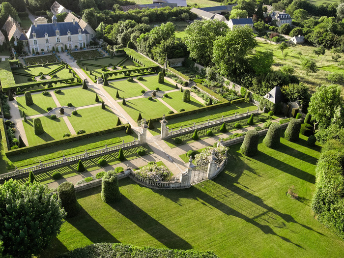 Visite libre des jardins de br cy for Visite de jardins en france