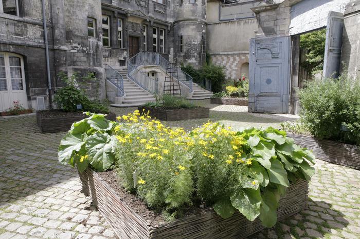 Crédits image : Jardin des teinturiers - Photographie : Carole Bell, Ville de Troyes