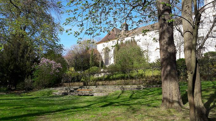 Crédits image : Le musée Maurice Denis vu du du jardin. Photo F. Stahl.
