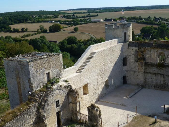 Journées du patrimoine 2018 - Visite libre ou commentée du Château-fort des Comtes de Nevers et d'Auxerre