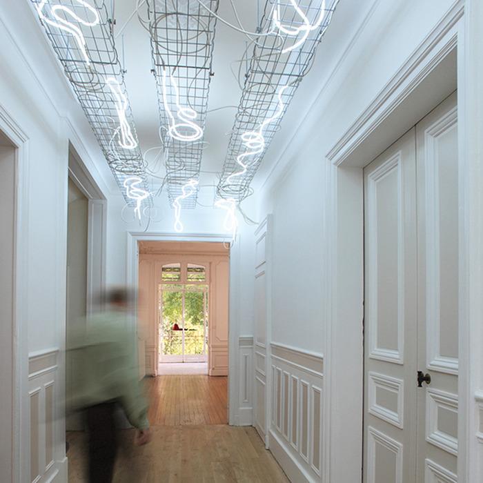 Crédits image : Vue intérieure du Centre d'art contemporain / Passages et de l'oeuvre permanente de l'artiste Dominique Blais - Photographie : Daniel Le Nevé, Ville de Troyes