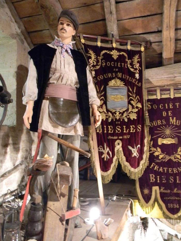 Journées du patrimoine 2018 - Visite patrimoniale à la Tour du Château de Biesles.