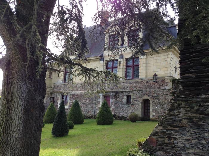 Journées du patrimoine 2017 - Visiter les jardins, trouver un Hydrangéa de collection et prendre un thé au manoir de la Groye