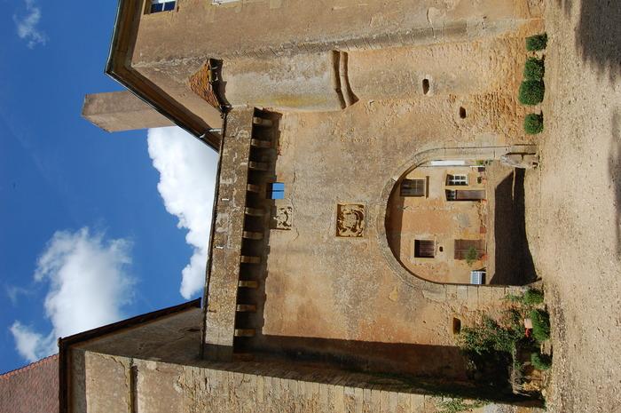 Journées du patrimoine 2018 - Visites commentées du vieux Château (ou maison forte) de Corcelles